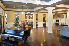 Niagara-Crossing-Lobby-Piano