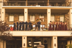 Wedding-ceremony-on-Niagara-Crossing-Hotel-balcony
